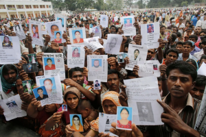 #WhoMadeMyClothes Rana Plaza, garment workers, garment industry